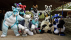 mnfurs-fursuit-lining-up